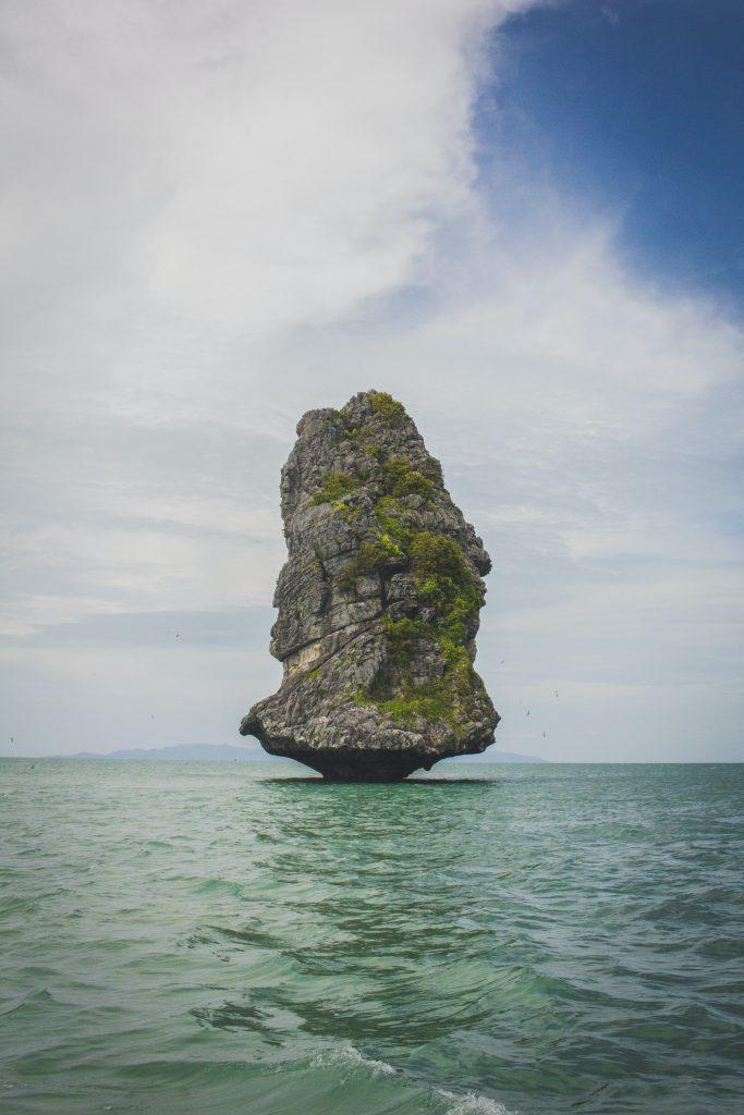 rock island on sea - not Munchelney!